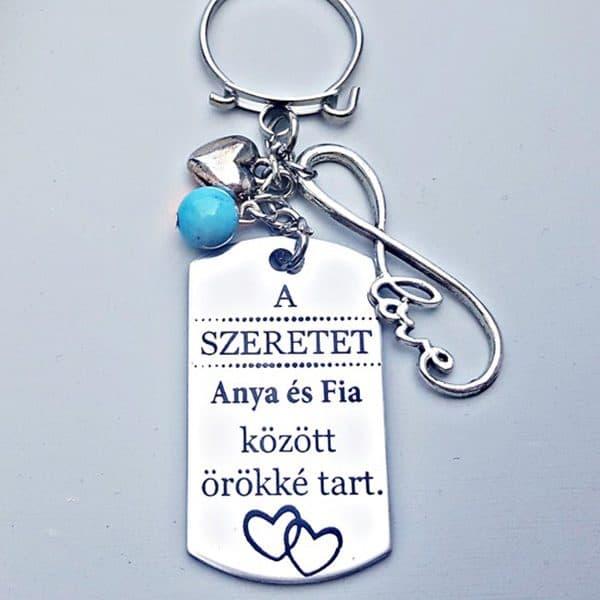 Anya-Fia ajándék, gravírozott kulcstartó