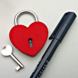 Szív alakú lakat-gravírozás nélkül, szerelemlakat
