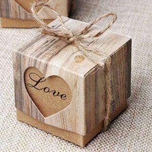 Szerelmes mini díszdoboz, ajándék pároknak
