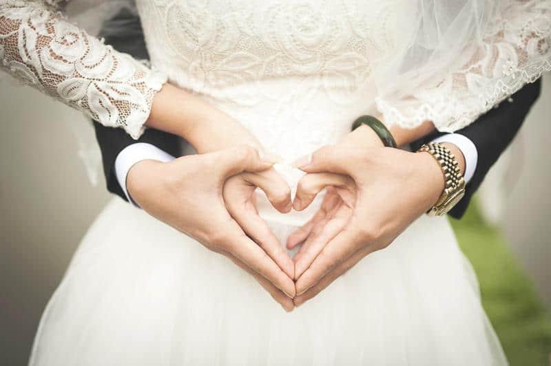 Ajándék házassági évfordulóra – ötletek minden korosztálynak