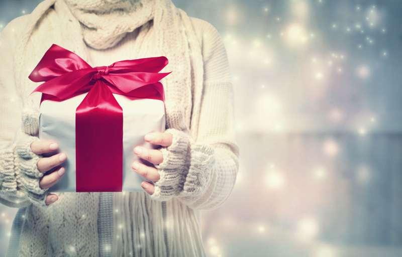 Nyerő karácsonyi ajándék ötletek férfiaknak
