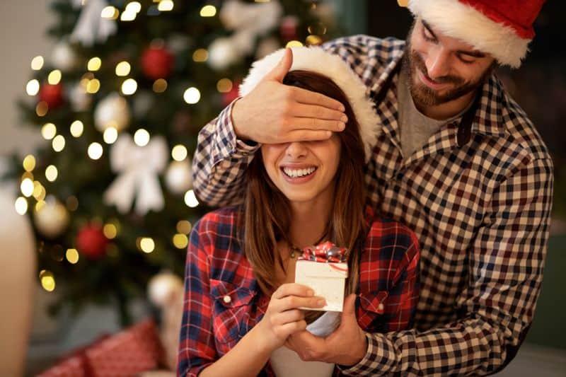 Karácsonyi ajándék ötletek nőknek, amelyektől szem nem marad szárazon