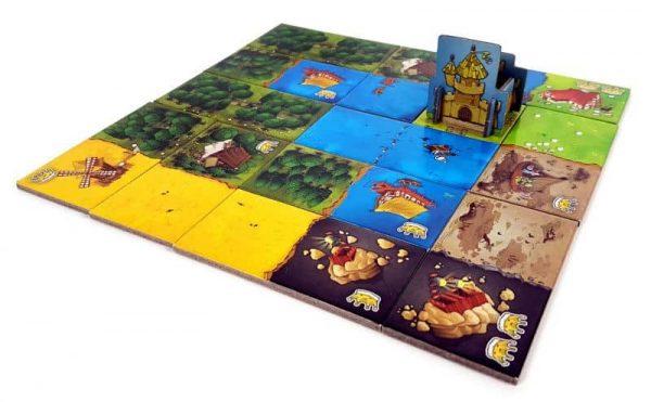 kingdomino játék családi társas