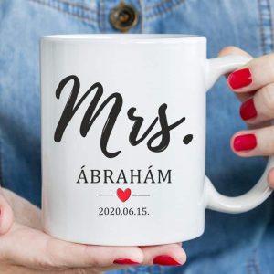 Mrs. bögre a menyasszonynak, trendi esküvői ajándék