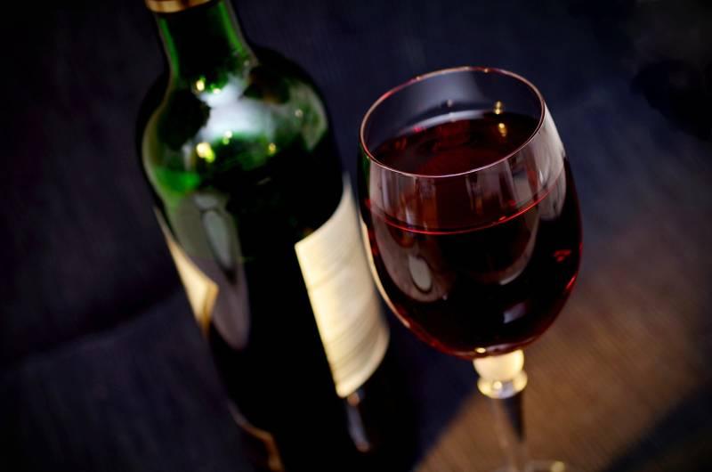 Az év bora vagy pezsgője, a 18. születésnapra behűtve