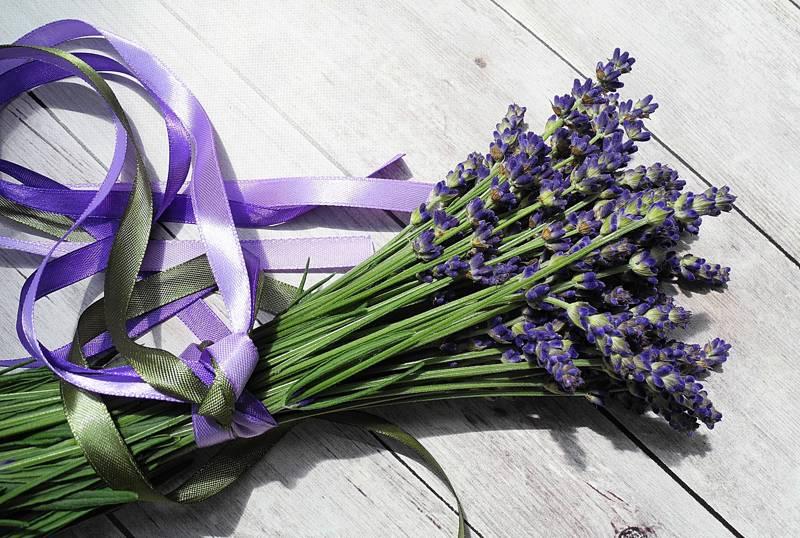 levendula virágcsokor óvónéninek