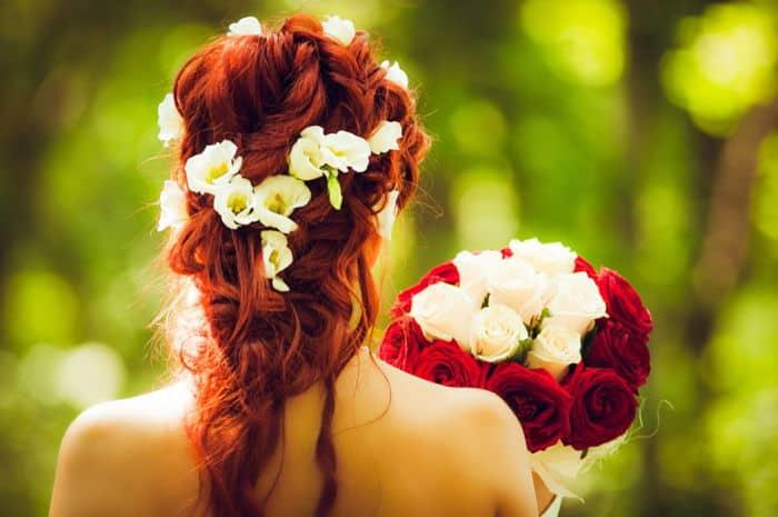vörös hajú menyasszony