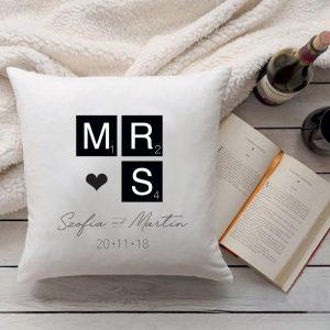 Mr. és Mrs. párna - Valentin napi ajándék nőknek