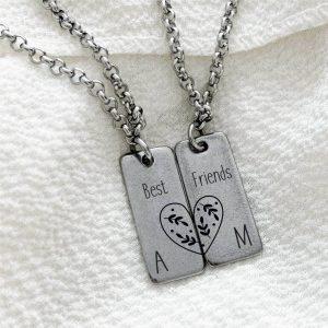Best Friends nyaklánc – barátnőknek