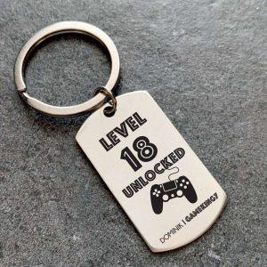 Egyedi, gamer kulcstartó